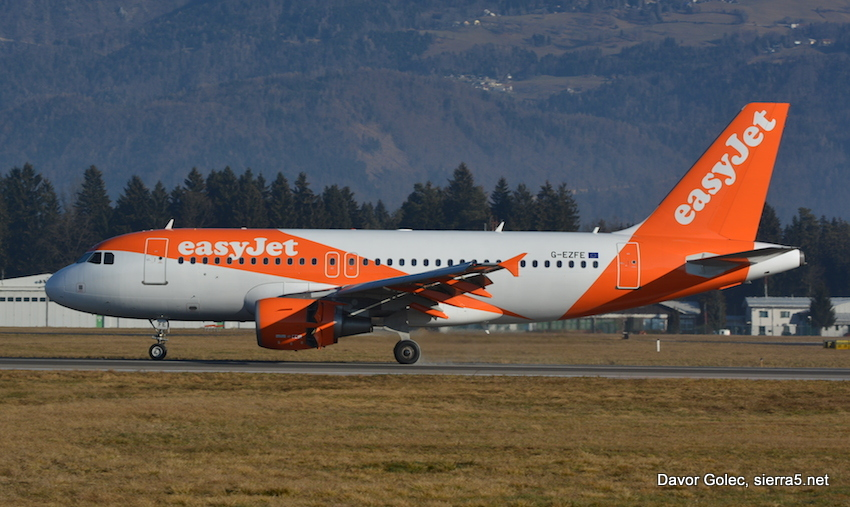 Easyjet A319 new livery DSC 0144