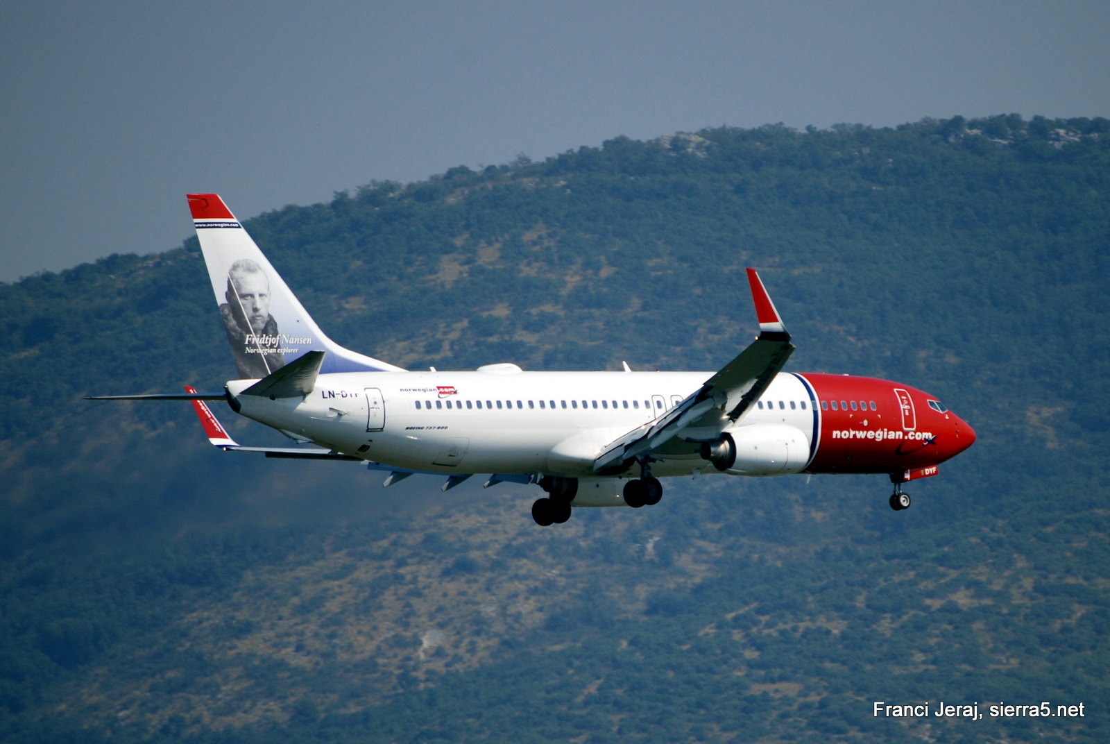 Norwegian B737