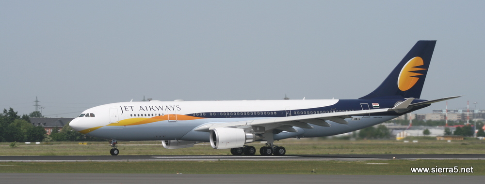 a330_jet_airways_img_6884.jpg
