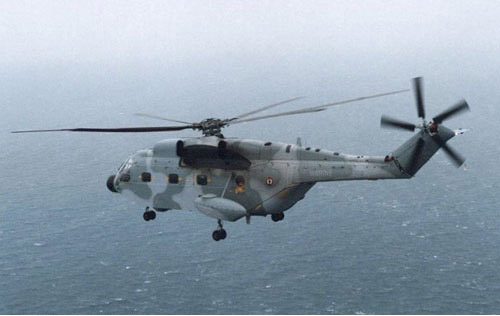aerospatiale_sa321_super_frelon_photomarinenationale.jpg