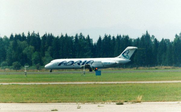 adria_airways_dc-9.jpg