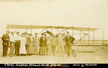 glenn_curtiss_ob_letalu.jpg