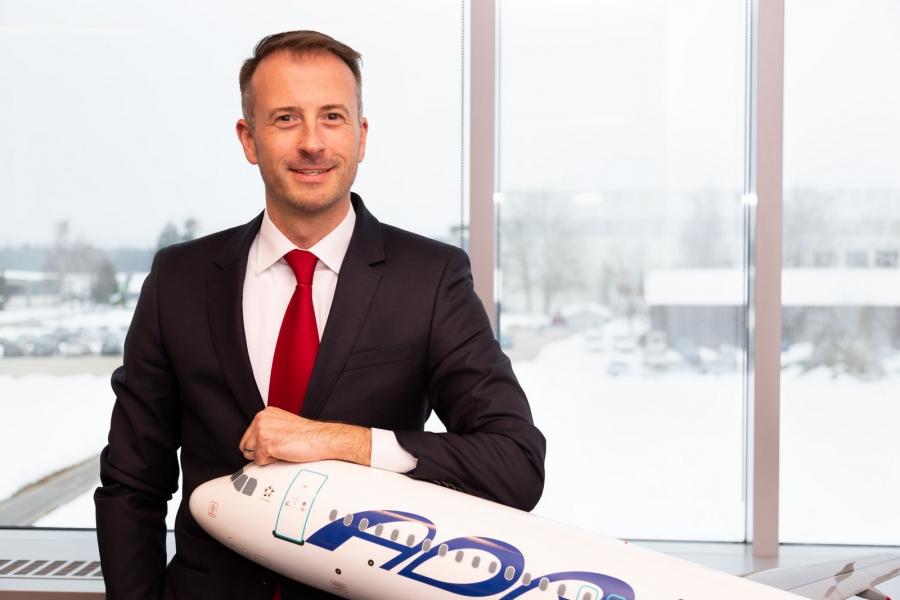 Intervju s Christianom Schneiderjem, komercialnim direktorjem Adrie Airways
