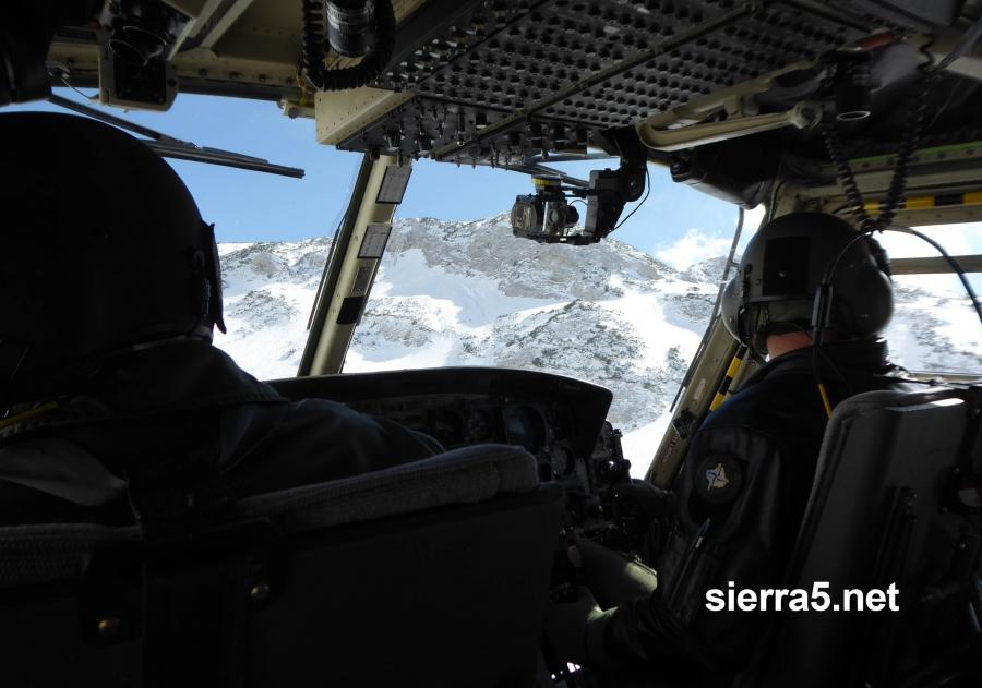 Aprila so helikopterske posadke posredovale 48-krat