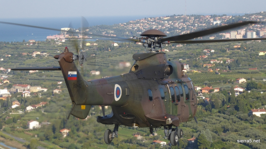 Ministrstvo za obrambo razpisuje štipendije, tudi za letalstvo